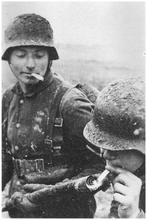 funny-pictures-german-soldiers-second-world-war-004